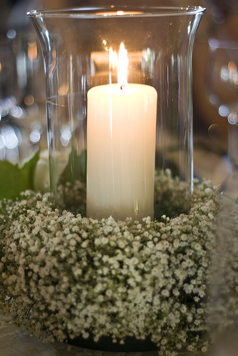 Flower and candle centerpiece inexpensive ideas for your