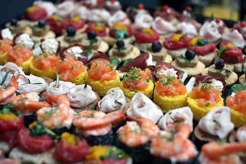 Cheap Wedding Finger Food Reception Ideas, Menus And How To Save Money!