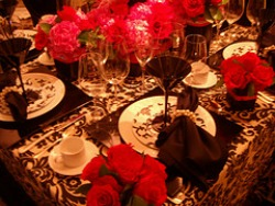 damask table cloth