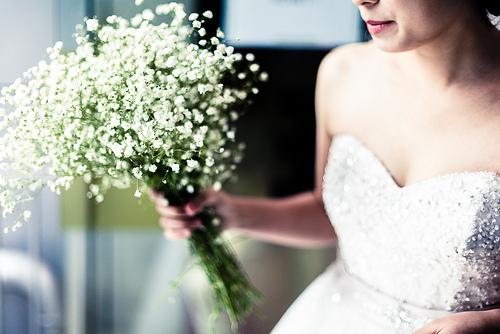 white gypsum wedding bouquet
