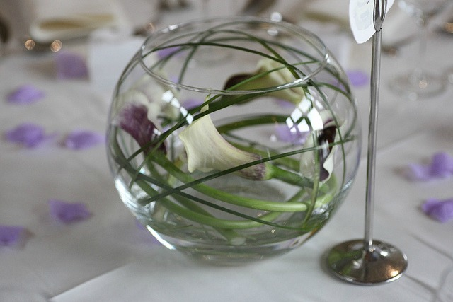 purple calla lily wedding centerpiece