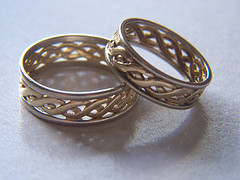 matching his and her wedding rings