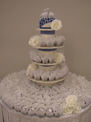 white and blue cupcakes