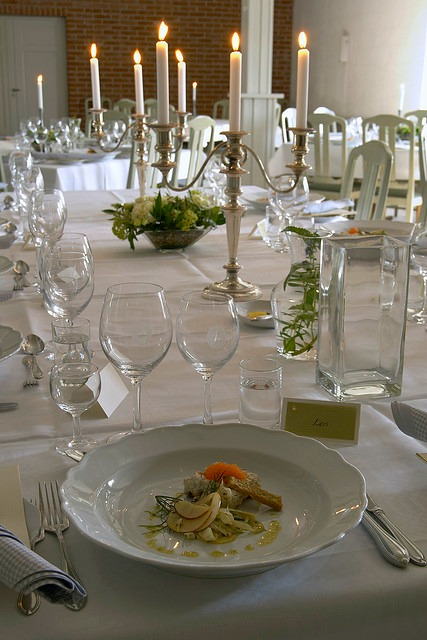 wedding tables with candelabras