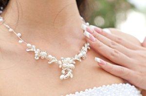 budget wedding necklace