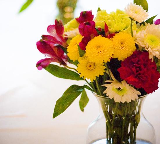 white and yellow wedding flowers